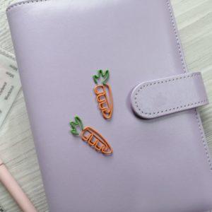 Цветные декоративные скрепки - морковки